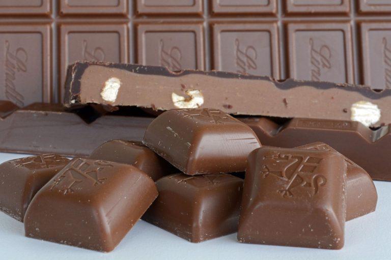 chocolate-1335353_1280